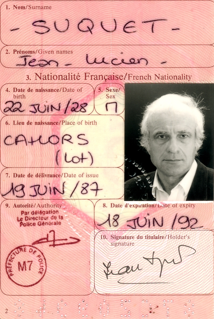 "Jean Suquet sent the page of his passport into inform the ""regardeur"" about his biography at the solo exhibition from point to point 2002."